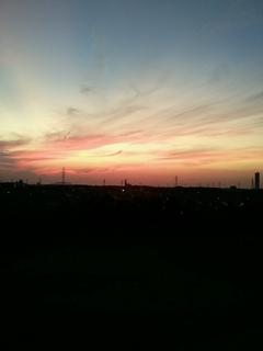 110913_180605夕陽IN六実hs.JPG