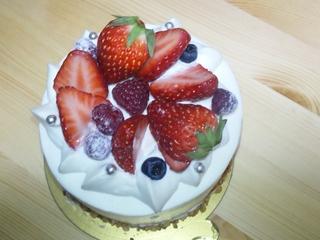 パティスリー アミュレット の誕生日ケーキ.JPG